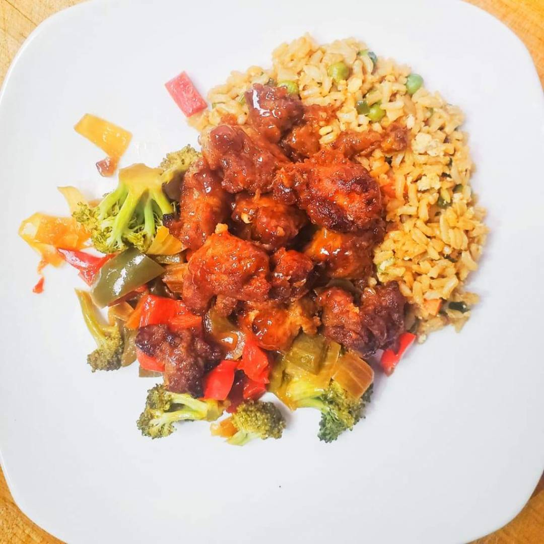 General Tso's Chicken Thigh with 5 Spice Rice